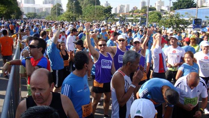 Integrantes da Magic Run vão correr na XVII Maratona Internacional de São Paulo