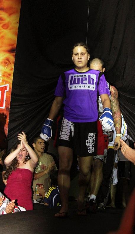 Perfil do Atleta Magic MMA – Jennifer Maia