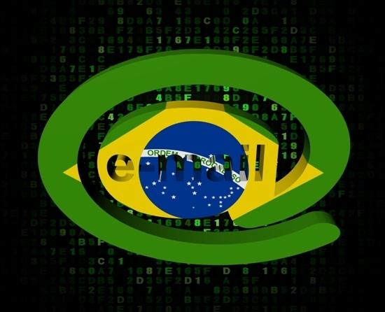 Combate a crimes virtuais no Brasil
