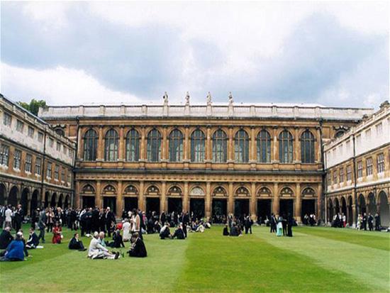 Oxford-University-Magic