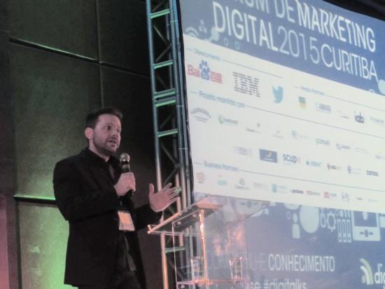 Antonio Borba media painel Digitalks 2015 sobre mercado digital - Magic