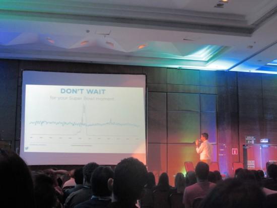 Executivo do Twitter no Brasil fala sobre a rede social no Digitalks Curitiba 2015 - Magic